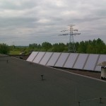 układ solarny składający się z 10 płyt kolekrowych płaskich